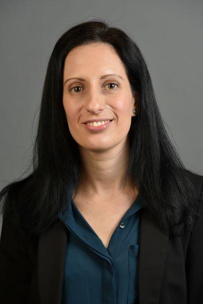Photo of author Yael Pe'er