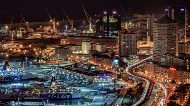 Image of Genova at night