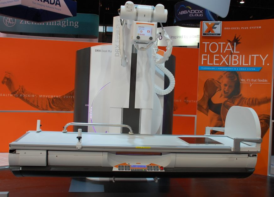 Image of DRX-Excel Plus machine at Carestream booth