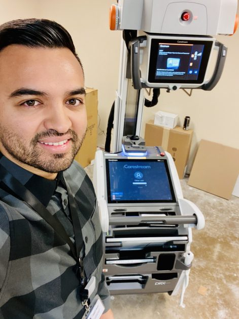 Image of David Ruiz with Carestream mobile imaging product