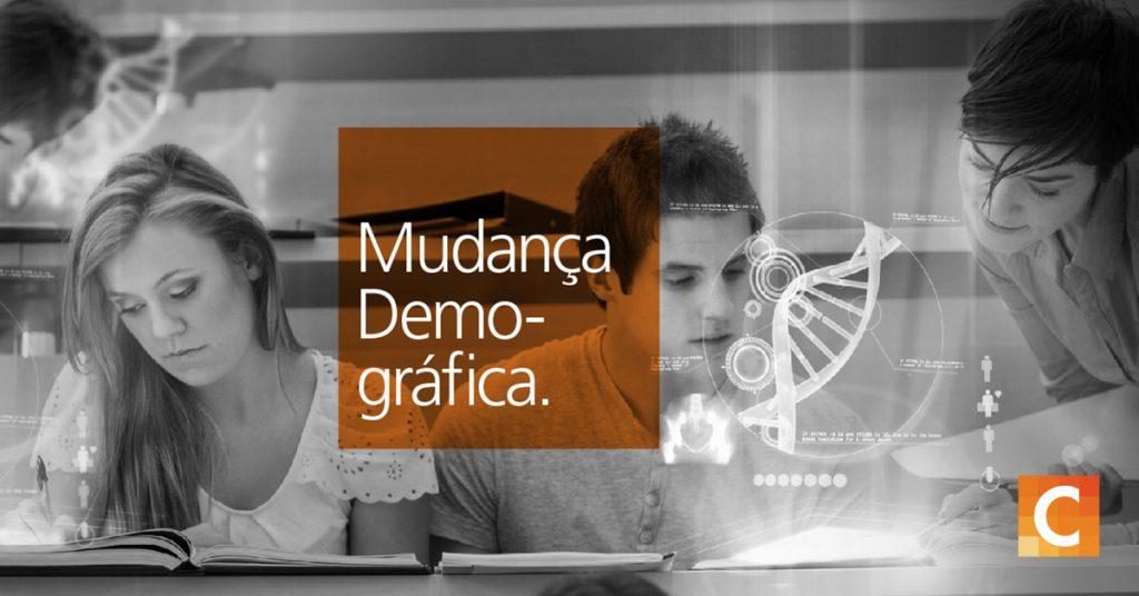 Fotos de alunos estudando. Caixa de texto laranja lendo a mudança demográfica. Logotipo da Carestream no canto inferior direito.